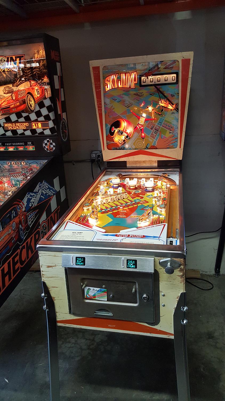 Sky Jump Pinball Machine