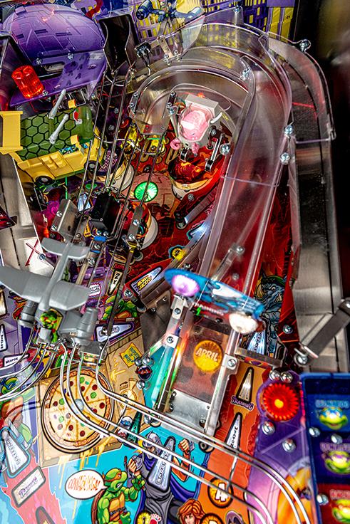 Stern-Pinball-TMNT-Premium-Details_New_D