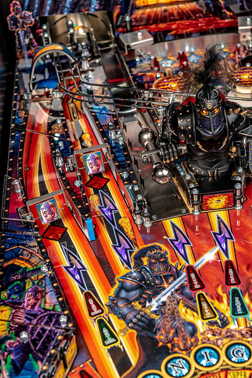 Black-Knight-Pro-Pinball-Machine-07