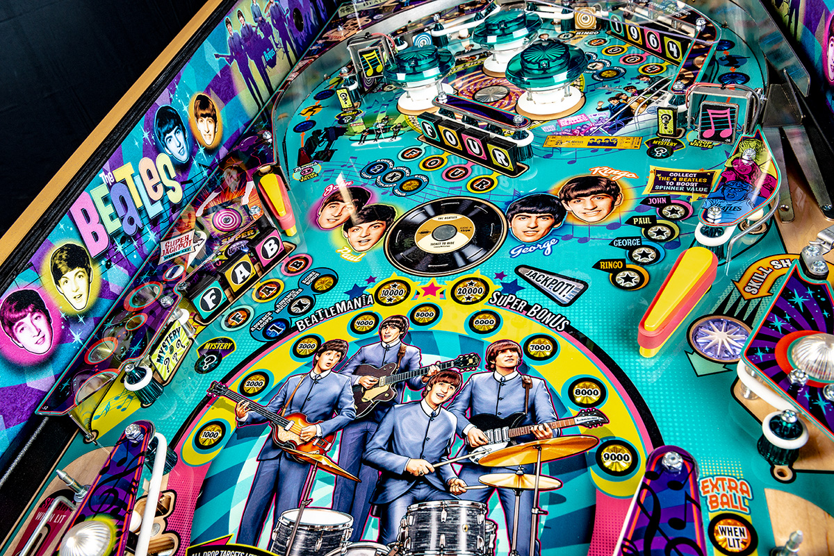 Beatles-Pinball-Machine-Gold-Detail-13