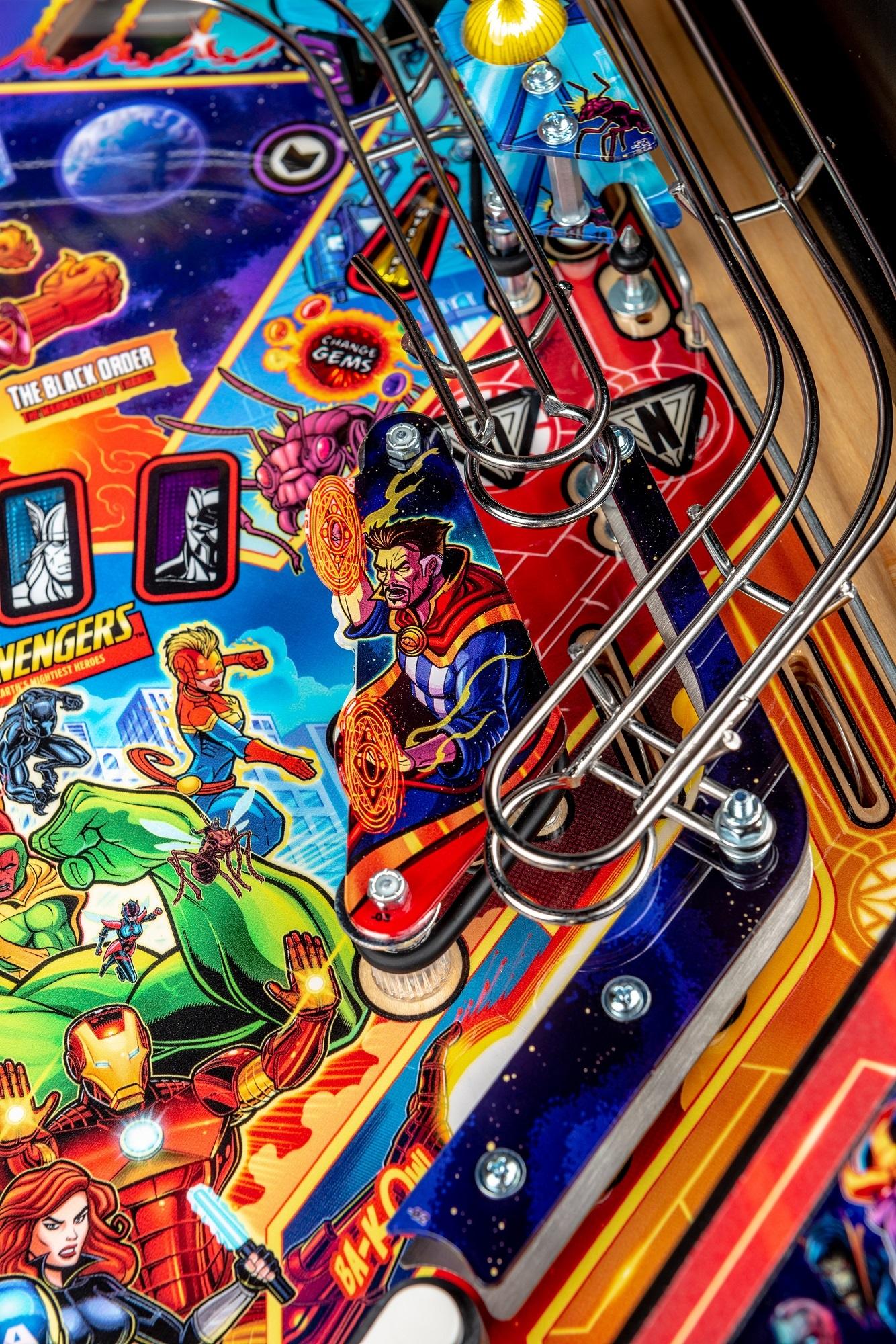 Avengers-Premium-Details-Strobe-06_Low R