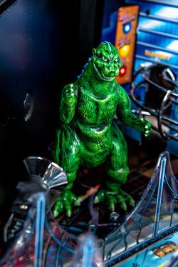 Godzilla-Premium-Details-Strobe-11