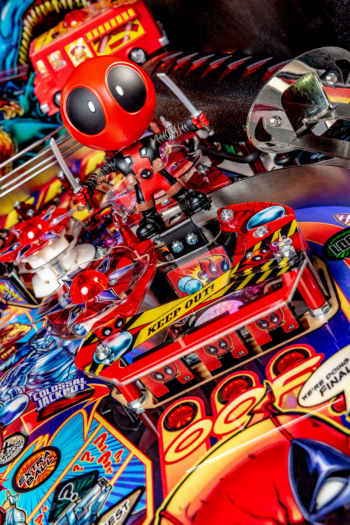 Deadpool-Premium-Details-09