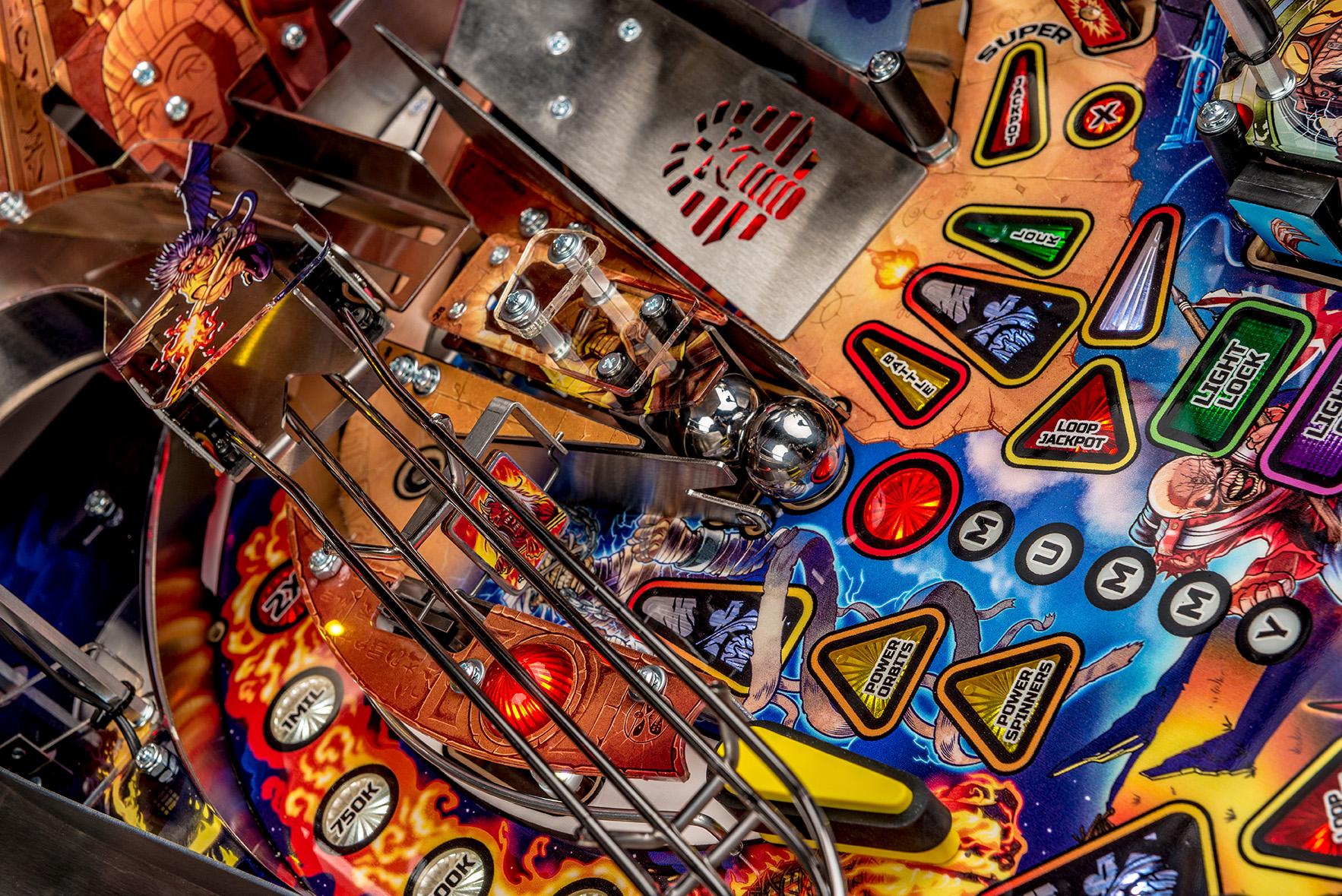 Iron-Maiden-Pinball-Machine-07a