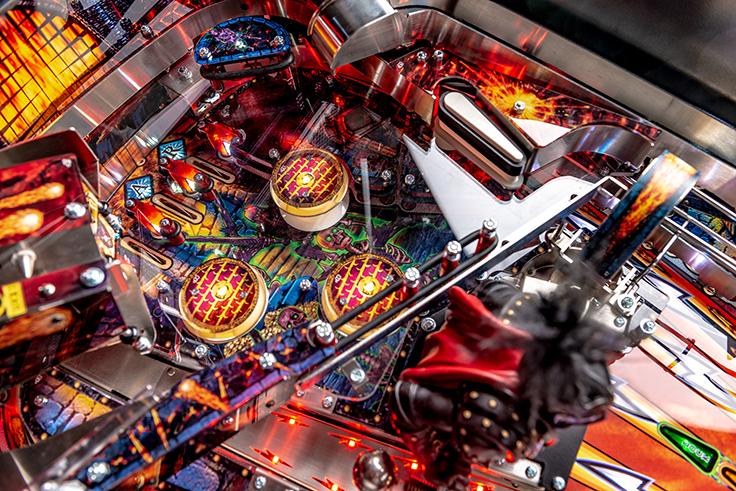 Black-Knight-Premium-Pinball-Machine-14.