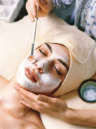 facial holistic skincare solutions mask treatment organic chemical free gluten free beauty wellness relaxation