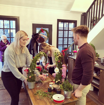 Christmas Wreath/Grinch Tree Making Class