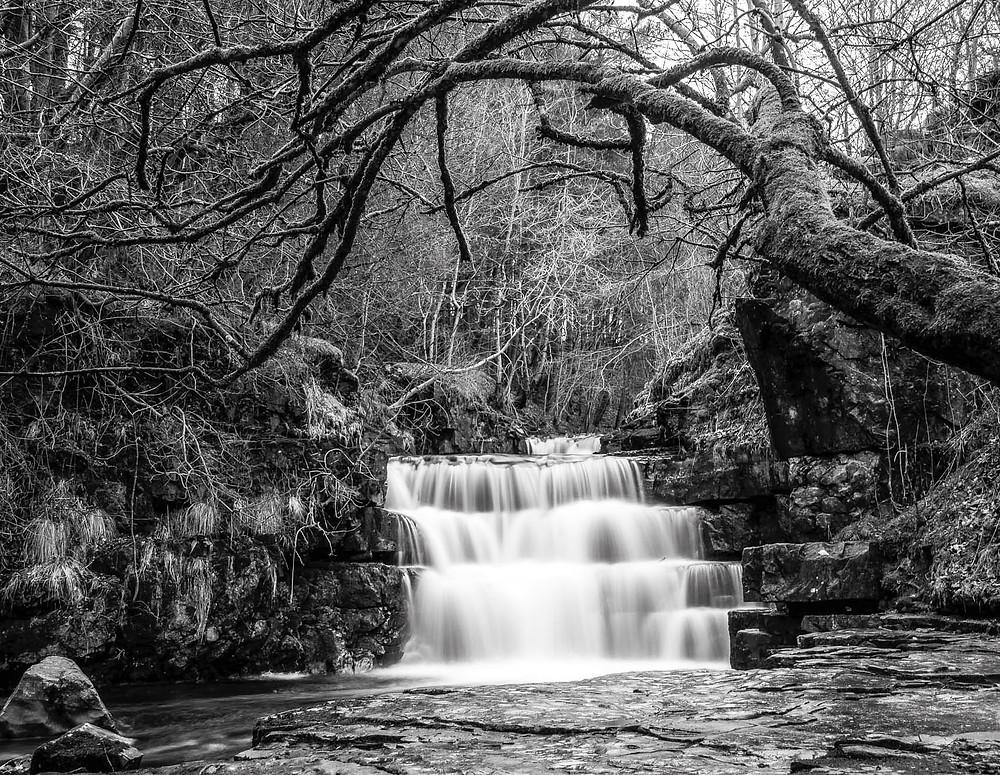 Small waterfall-19.jpg