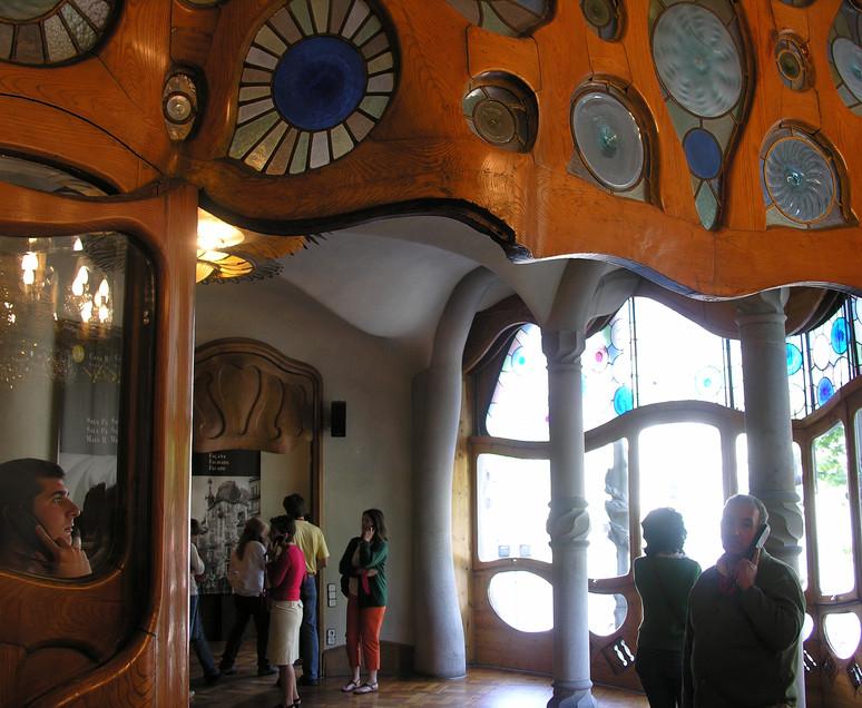 020 Casa Batllo - Gaudi.JPG