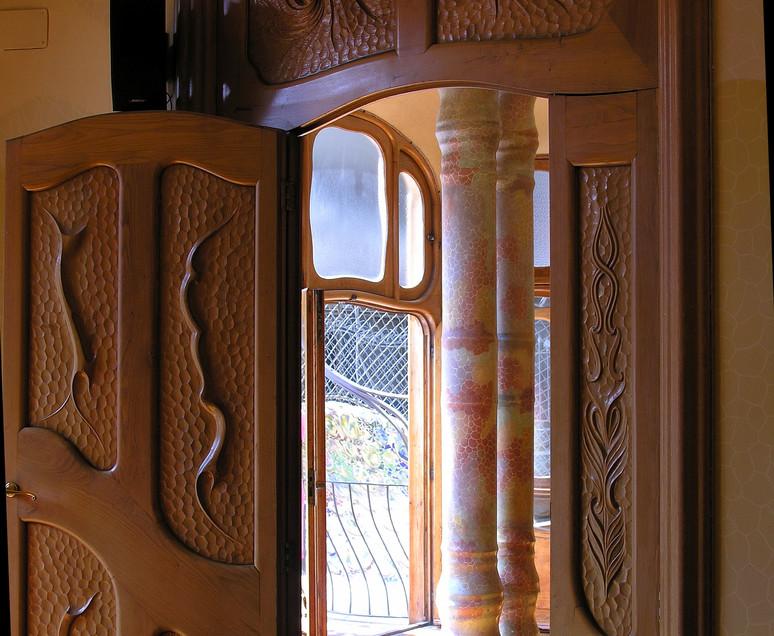 021 Casa Batllo - Gaudi.JPG