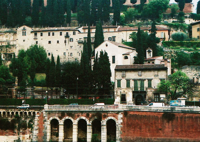 165_1 Verona.jpg