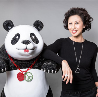 Sally Yeh & Panda (1MB)_0.jpg