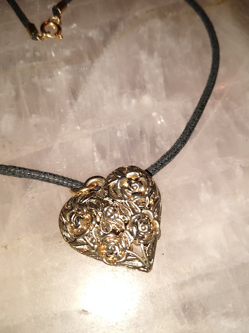 charming silver heart necklace