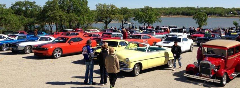 Crusin' Nocona car show