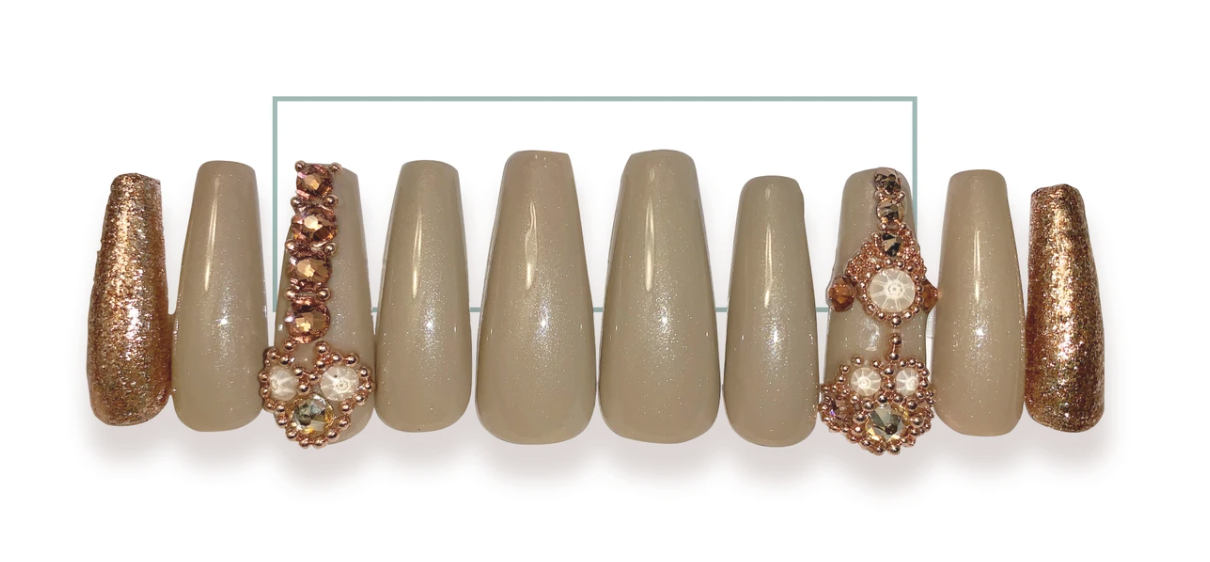 Taupe & Champagne