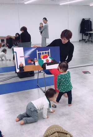 絵本ヨガin日テレ学院