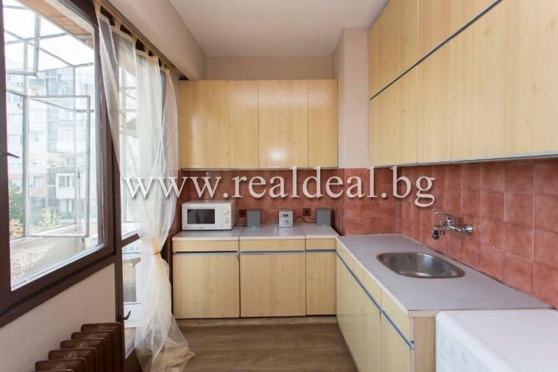 Двустаен апартамент (83м2) за продажба в Борово - RD-1837