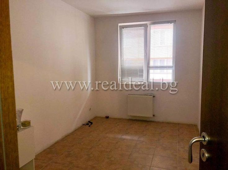 Тристаен апартамент (76м2) за продажба в Красна поляна 3 - RD-1612