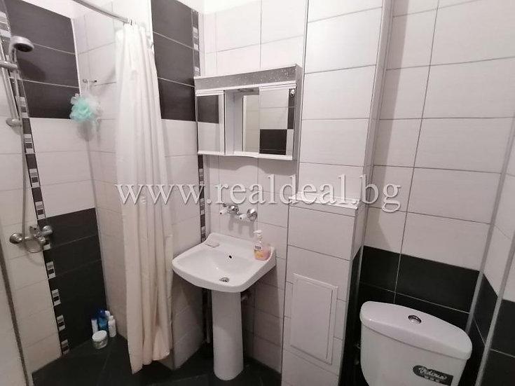 Двустаен апартамент (50м2) под наем в центъра на София - RD-1542