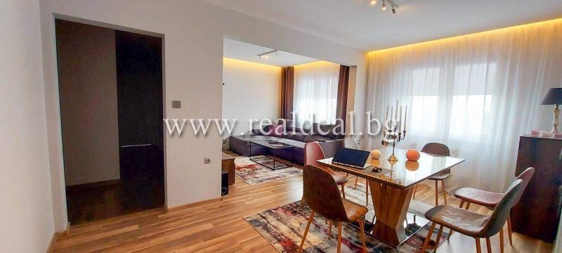 Тристаен апартамент (95м2) за продажба в Люлин 2 - RD-1888