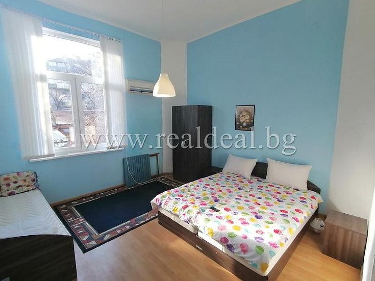 Тристаен апартамент (86м2) за продажба в центъра на София - RD-1504