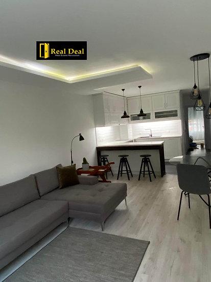 Луксозно обзаведен дизайнерски имот в затворен комплекс Бояна Фентъзи, 100m2