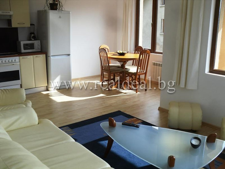 Тристаен апартамент (101м2) под наем в кв. Витоша - RD-1574