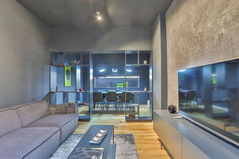 Двустаен дизайнерски луксозен апартамент в Център, до НДК, 70m2