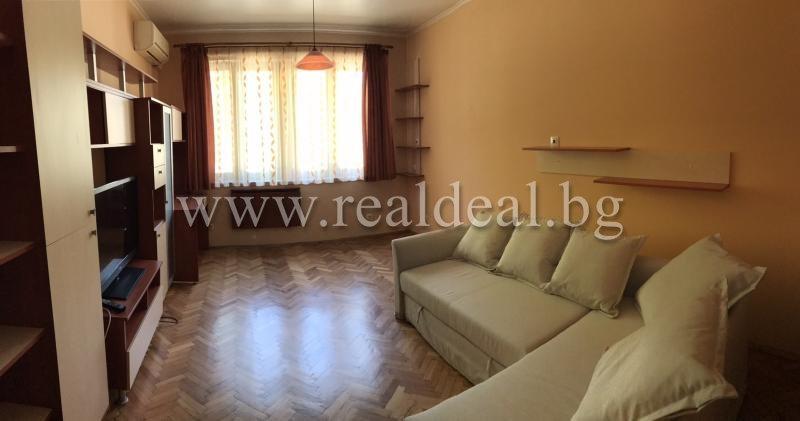 Двустаен апартамент (70м2) под наем в Лозенец - RD-591