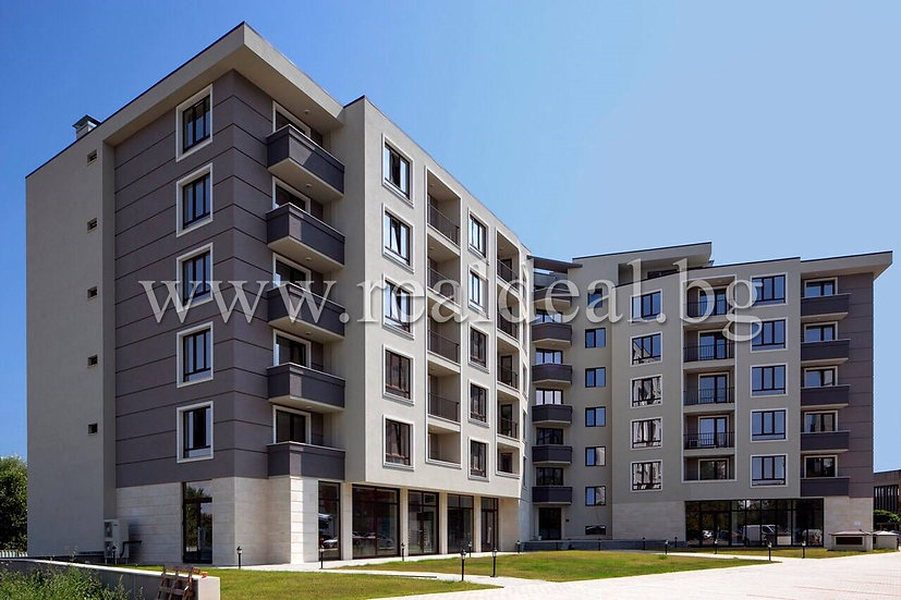 Тристаен апартамент (109м2) за продажба в Младост 4 - RD-1709