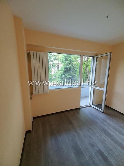 Тристаен апартамент (70м2)за продажба в Надежда 2 - RD-1893