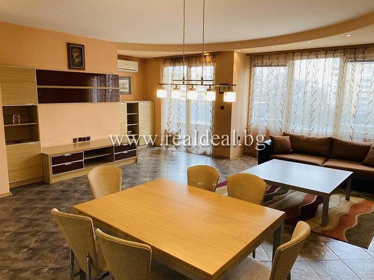 Тристаен апартамент (125м2) под наем в Стрелбище - RD-1876