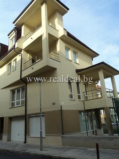 Къща (250м2) за продажба в Манастирски ливади - RD-1807