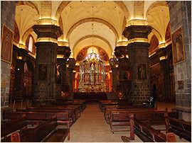 A voir a faire au Pérou la Cathédralede Cusco