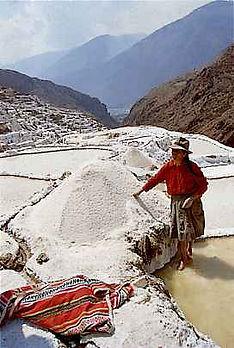 Voyage et vacances aux Salines de Maras au Pérou
