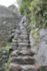 Escaliers du  Huayna Picchu au Machu Picchu