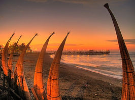 Découverte Huanchaco plage soleil et mer