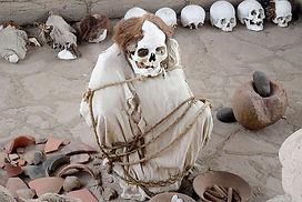 Visiter et à voir le cimetière de Chauchilla à Nasca