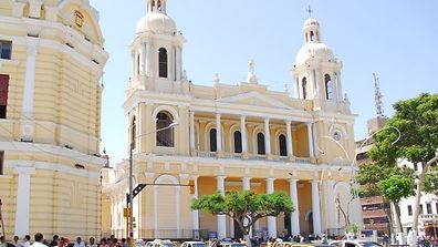 Séjour sur la cote nord du Pérou la Cathédrale de Chiclayo