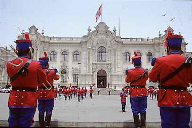 Circuit sur mesure au Pérou Le palais du gouvernement