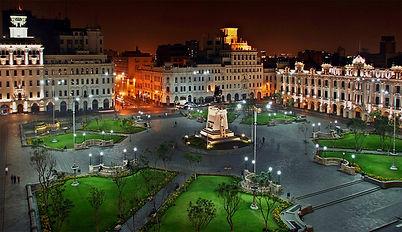 Circuit Sur-mesure voyage au Pérou Plaza San Martin à Lima