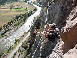 Aventure et sensation au Pérou  Via ferrata dans la Vallée Sacrée à Cusco