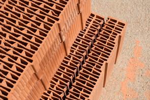 строительный материал - кирпич