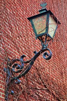 lantern-3254499_640.jpg