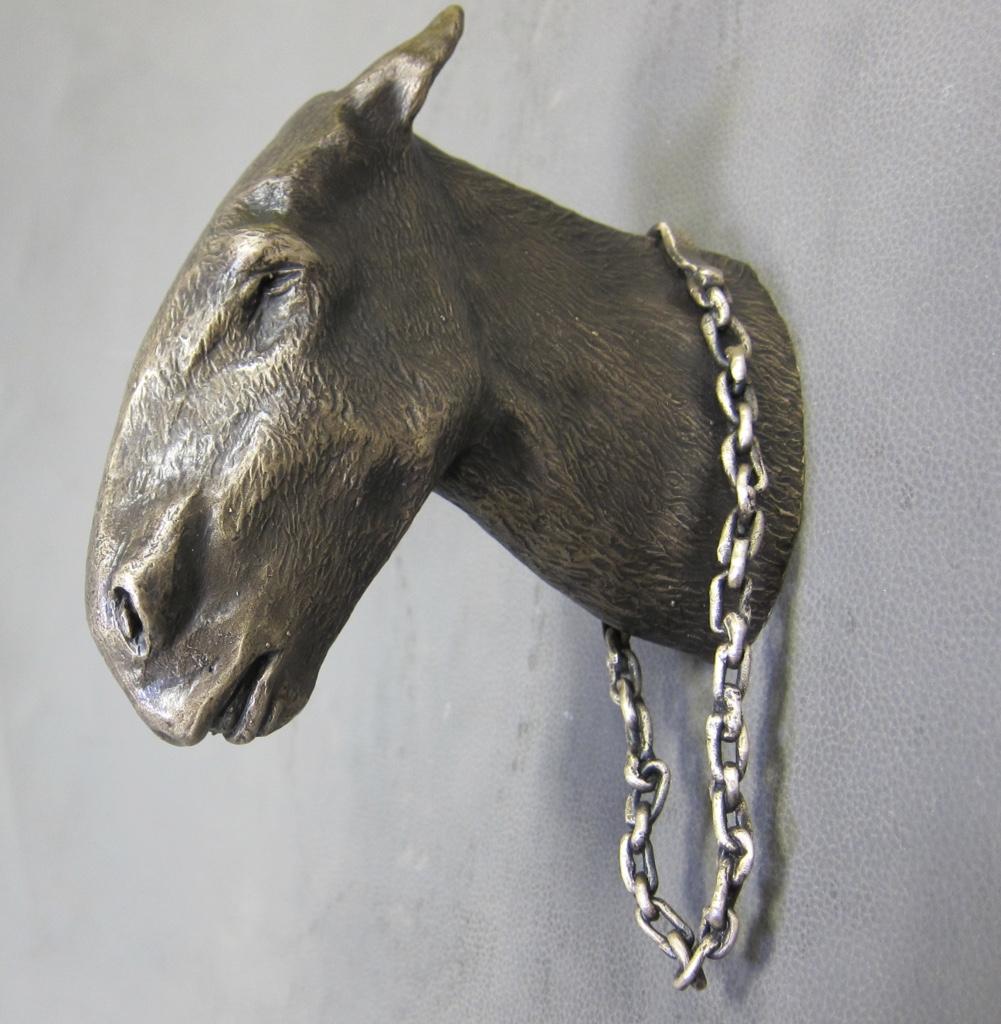 Artist: Margaret Mear. Bronze