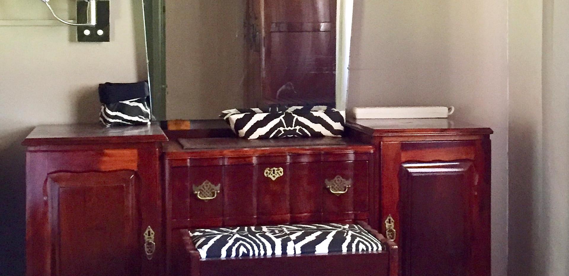 Zebra_Furniture