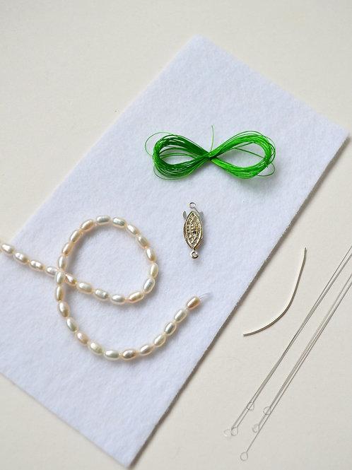 KNOTTED Pearl Kit: White Bracelet