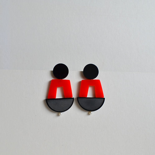 Play Earrings Red + Black