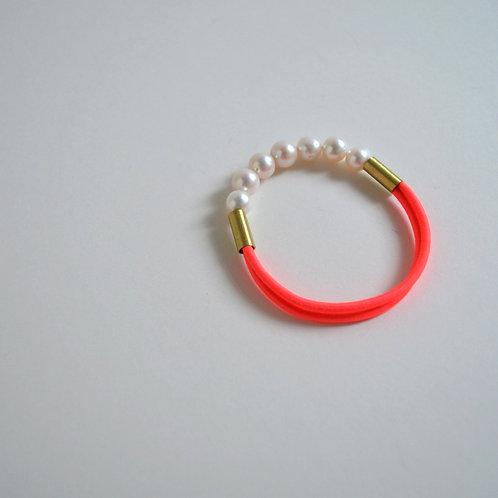Pearl Bracelet In Neon Coral