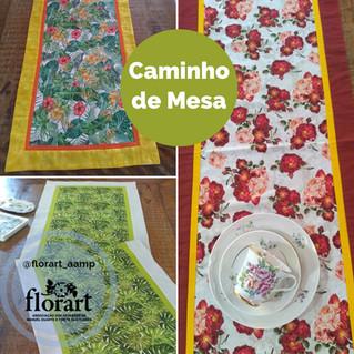 Caminhos de mesa com composê de tecidos